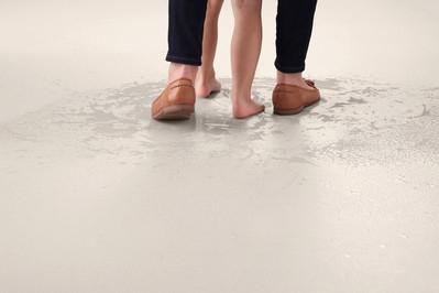Barefoot: B